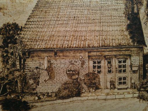 Haus Front - Brand auf Birke - 24 x 35 cm - Juni 2013
