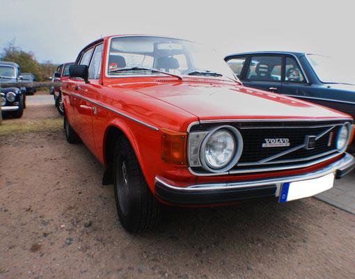 Sehr schöner Volvo 140er!