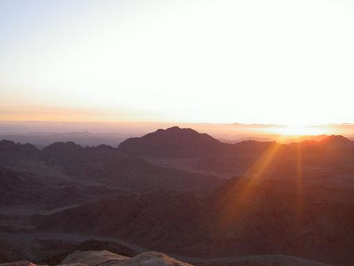 Aurore sur le Mont Sinaï