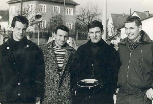2. Rang, v.l. Hofinger, Pracherstorfer Karl jun., Steindl, Kessel Helmut