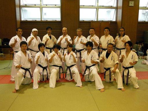 Christian Grübl bei seiner Shodan Prüfung im Byakuren Kai Karate