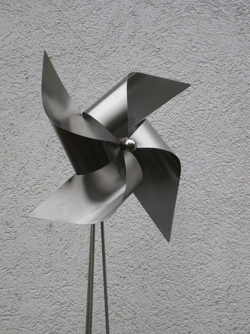 Windrad aus Edelstahl ca.180 cm