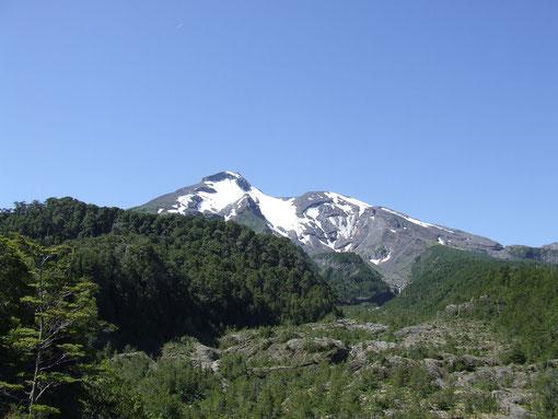 Vista desde el '' Mirador '' Del imponente Calbuco Fot. Alonso N.