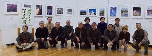 2010春世田谷美術館出展者記念写真