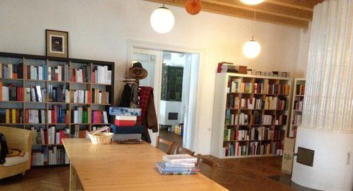 """Die """"Bibliothek der Provinz"""" des Richard Pils, Großwolfgers Nr. 29, Weitra/Waldviertel"""