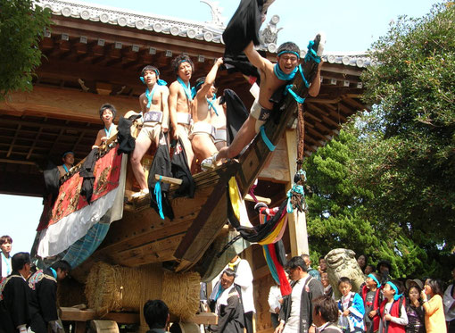 舟だんじり(鳥飼八幡神社)