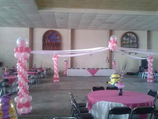 Decoraci n con globos globofan sonido fiesta xv a os for Decoracion con globos para xv anos