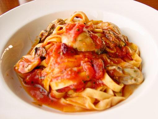 フェットチーネ 牡蠣のトマトソース