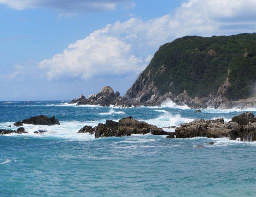 2012/8/25 沖縄に台風接近すると様変わり