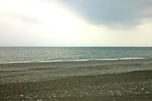 曇り空の王子ヶ浜