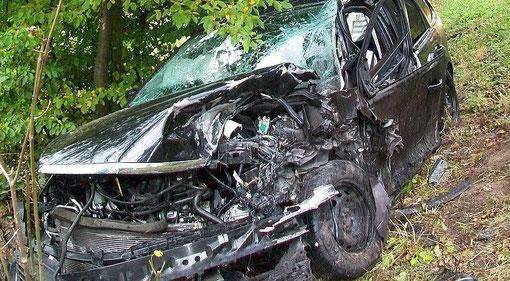 Verhalten bei einem Verkehrsunfall - Feuerwehr Buchhorst