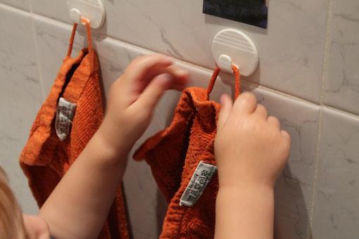 Das eigene Handtuch wieder aufhängen