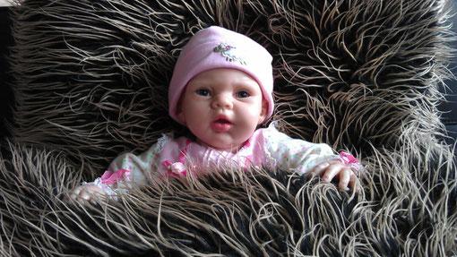 Lebensechte Babypuppe, Foto: Beatrix van Ooyen