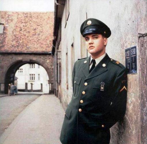 Elvis am Burgtor in Bad Nauheim, der ehemaligen Zehntscheune. Adresse: Burgpforte/Schnurstraße