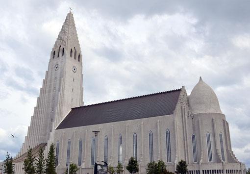 Die Halgrimskirche in Reykjavik.