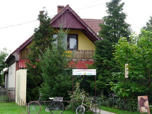 Kocsma - Dorfkneipe