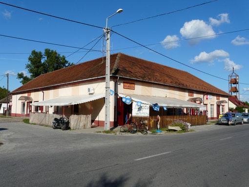 Sörözö (Kneipe, Disco, Essen)