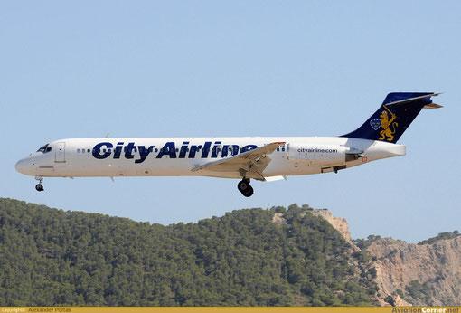 Das sehr einfache Farbschema der City Airline steht der MD-87 sehr gut/Courtesy: Alexander Portas