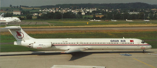 MD-88 von Onur Air in Zürich/Courtesy: md80design