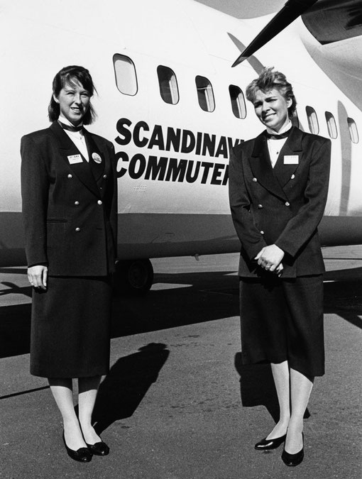 Kabinenbesatzung vor ihrer Fokker 50/Courtesy: SAS
