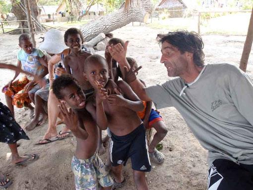 les enfants, un vrai bonheur au Vanuatu