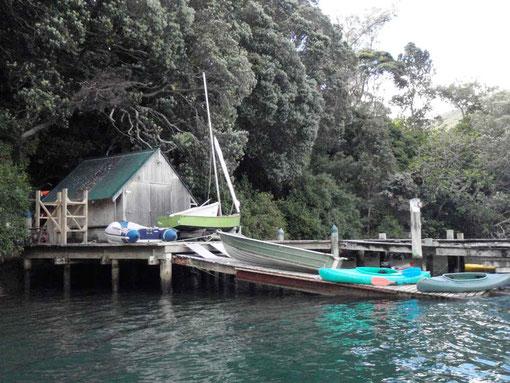 petit shed à bateaux