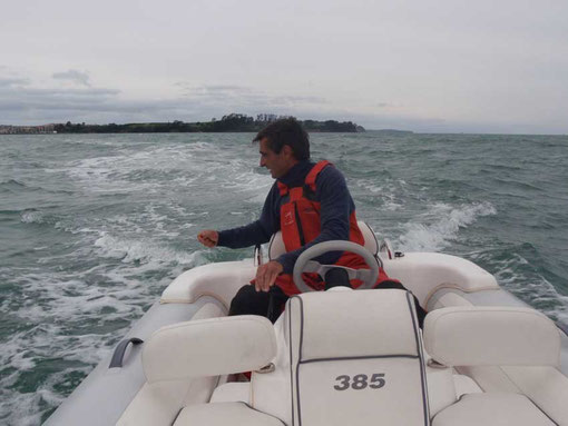 en pêche à la traine avec le dinghy turbo jet