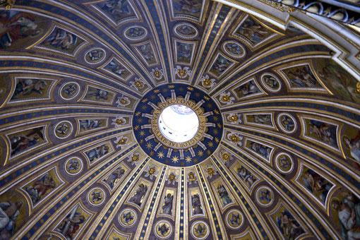 Die Kuppel des Petersdoms: Das Wahrzeichen der Basilika & Symbol der Christenheit