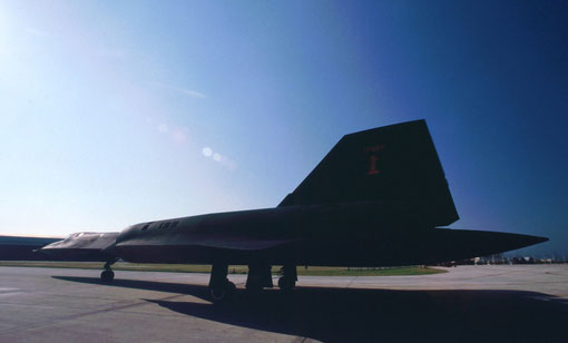 An SR-71 taxis to its takeoff runway.