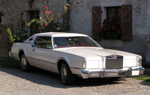 lincoln continental mk IV 1975