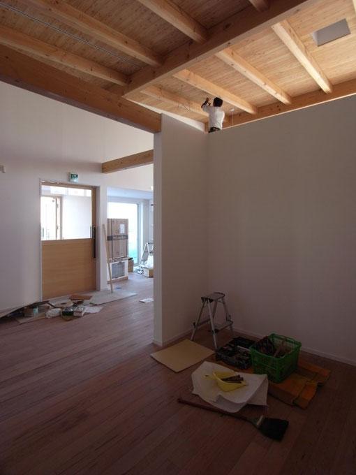 ヤマショー 薪ストーブショールーム 安曇野市 建築家 建築設計事務所 店舗設計 現場監理 木製建具工事
