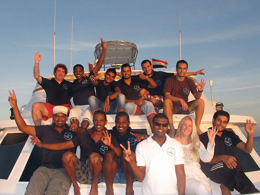 2013 - The Crew of Blue Waves - click on the left on each name