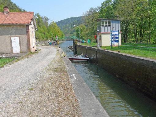 Le canal de la Marne au Rhin, à Stambach