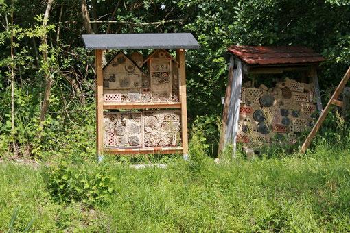 Das ursprüngliche Insektenhotel ist inzwischen etwas baufällig und wurde durch ein neues ergänzt