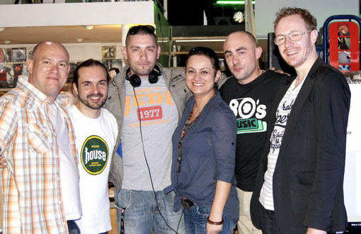 Steph (Planete Disques), Terry, Boudha (Dock40 & Radio Espace), Karine, Mike, Michael-M (MixezMoi)