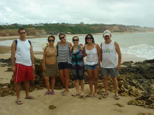 Aqui a turma do CEP-(Rio de Janeiro)em passeio pelas praias do sul de JAMPA(praia do amor).