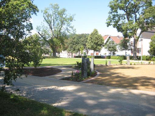 Der Alte Friedhof (Teilansicht) wenige Tage vor der Einweihung
