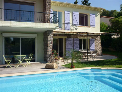 guest house apartment rent location holidays st saint raphael b&b bed breakfast provence frejus cannes esterel