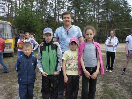 Юные участники районного кросса апрель 2012