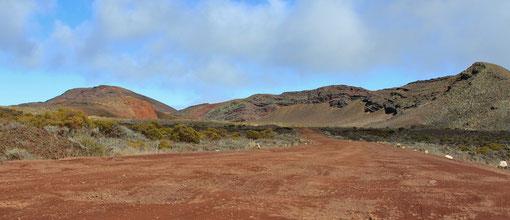 La plaine des sables, sur la route du piton de la Fournaise,  juillet 2012