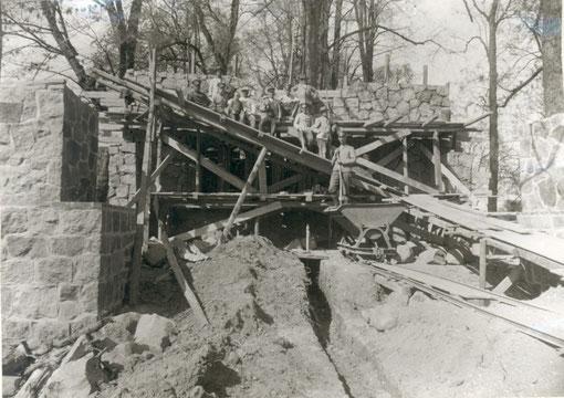Bau des Ehrenmals 1928