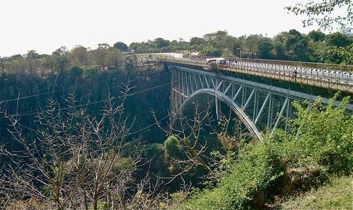 Brücke bei den Victoria Falls
