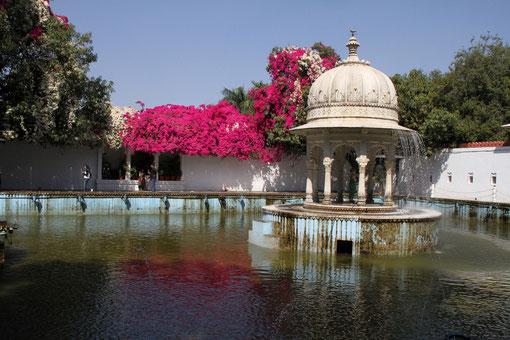 schöner Park in Udaipur