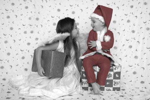 Engel und Weihnachtsmann