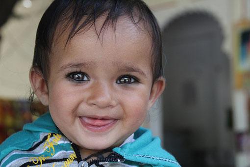 kleines Mädchen in Udaipur