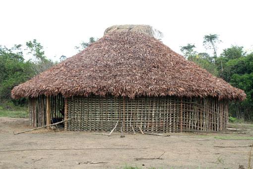 eine neue Hütte wird gebaut