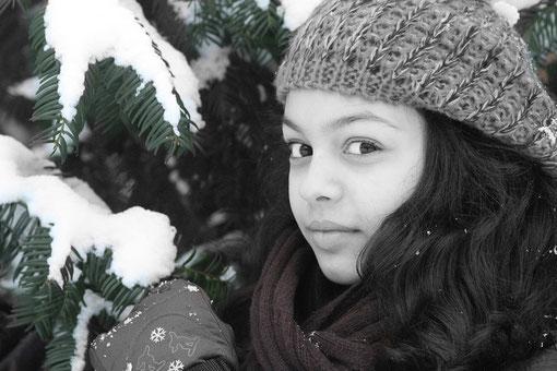 Laura im Winter