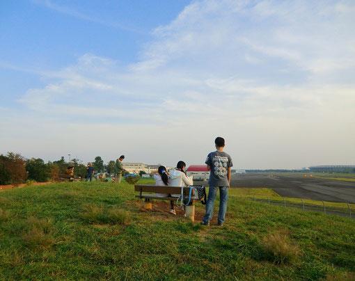11月7日 飛行場の見える場所(武蔵野公園) 2011年の撮影