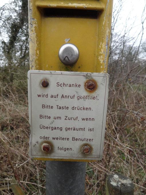 Anrufschranke zwischen Bokel und Axstedt Bahnstrecke Bremerhaven Bremen