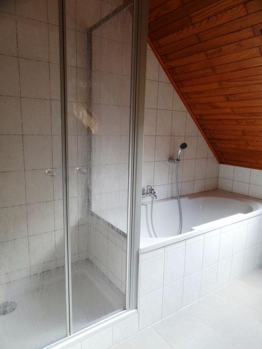 Foto Ferienwohnung Alte Schule Bokel - Bad mit Dusche